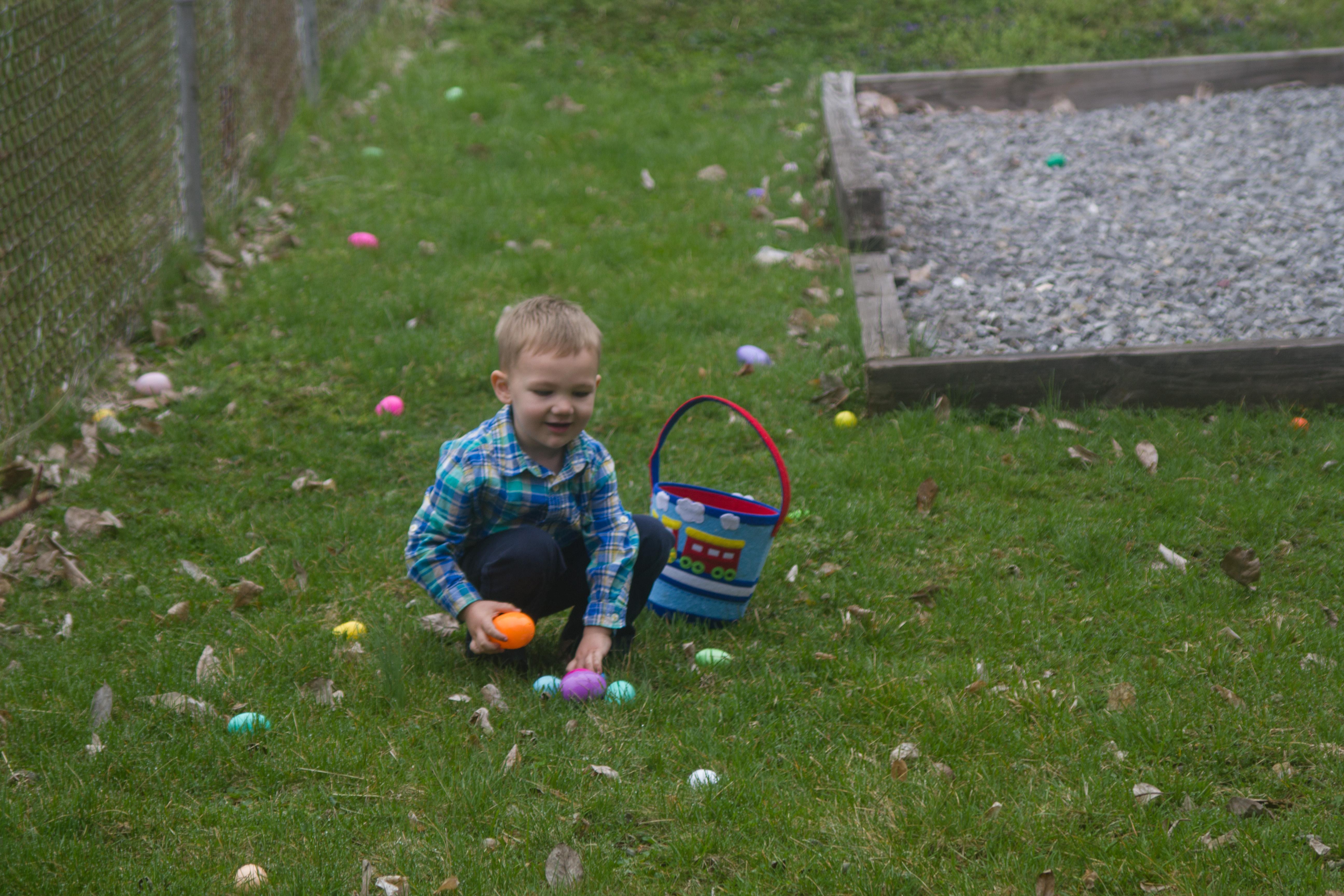Easter-Egg-Hunt-2019-Church-8